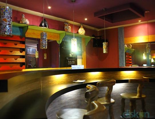 Colours Cafe & Resto