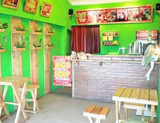 Fruity Cafe