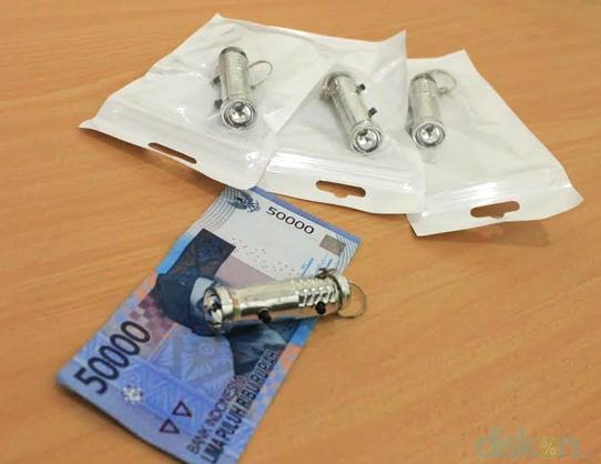 Dual Light Keychain